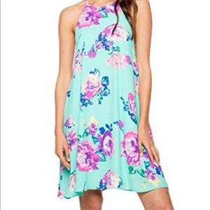 Everly Isolde sleeveless floral print shift dress